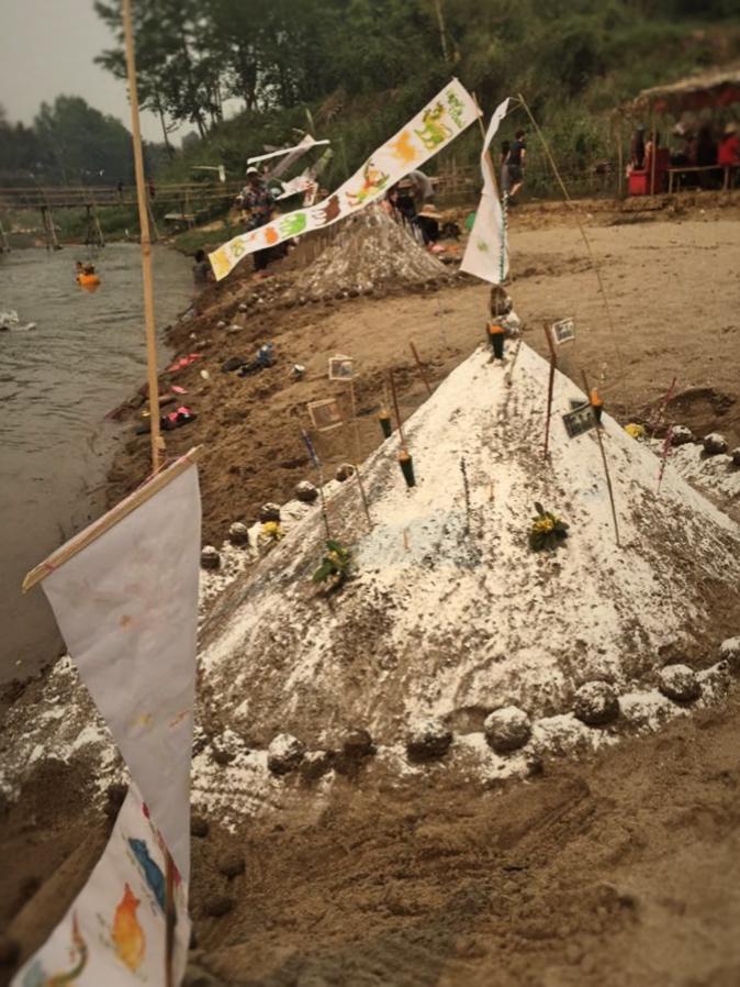 Sand Stupa building