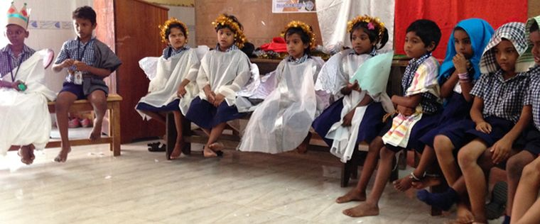 Thambu School learns the nativity story – In English!