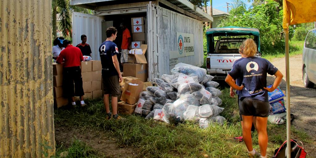 Volontaires œuvrant pour l'amélioration de la santé publique dans une communauté fidjienne