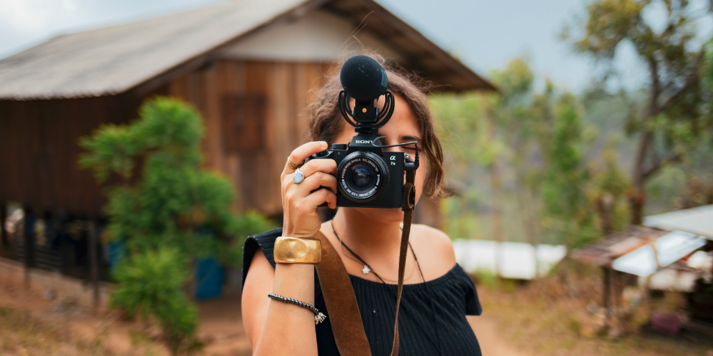 A GVI volunteer taking a picture