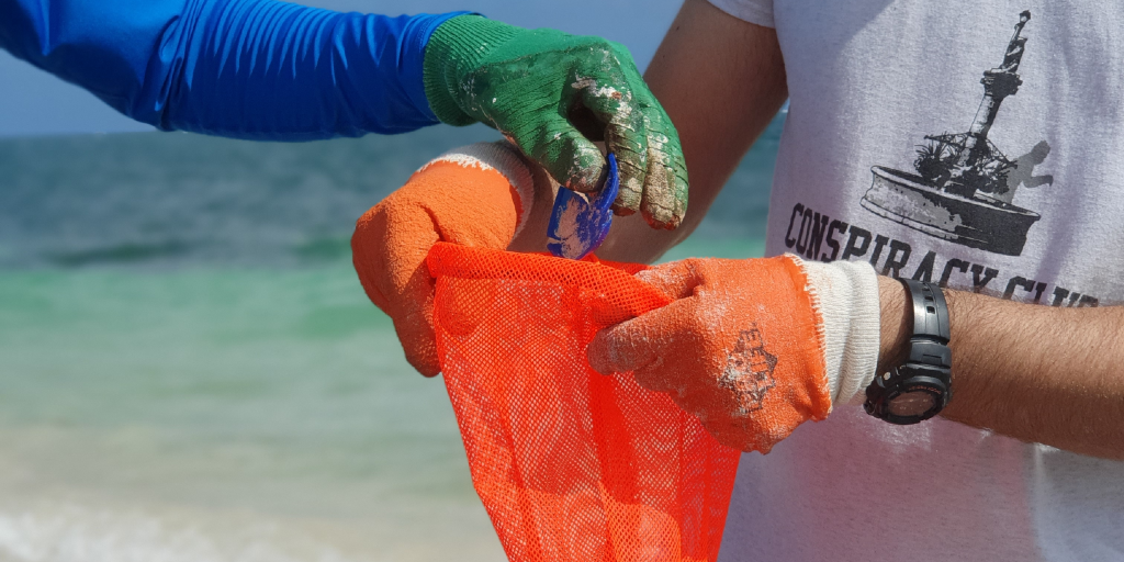 These participants in mexico aren't afraid to get their hands dirty