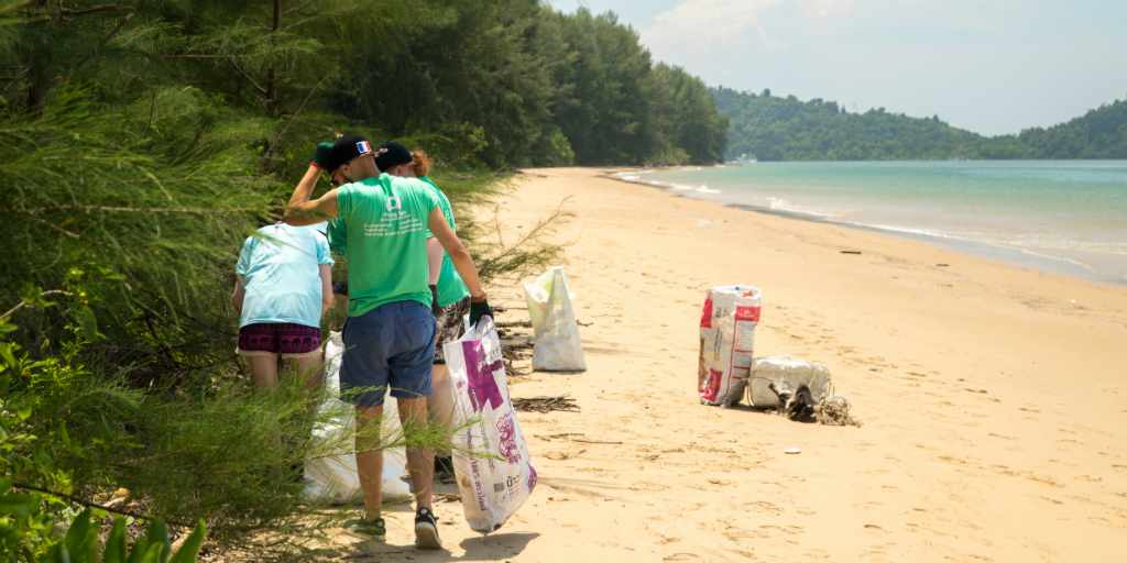 Practice responsible travel by cleaning up litter that you see lying around on beaches or in cities