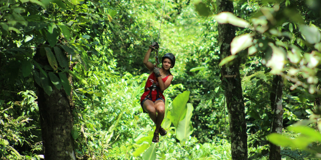 Explore the rainforests of costa rica when you join one of Costa Rica's gap year travel programs with GVI