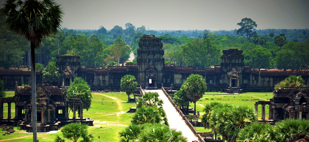 """""""Angkor wat, off season"""" by Stig Berge is marked with CC0 1.0"""