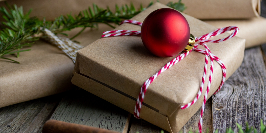 give more sustainable gifts to have a more eco friendly christmas