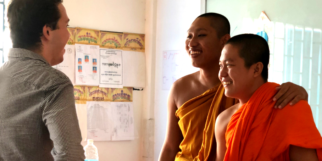 volunteer with Buddhist Monks is Laos during your gap year abroad