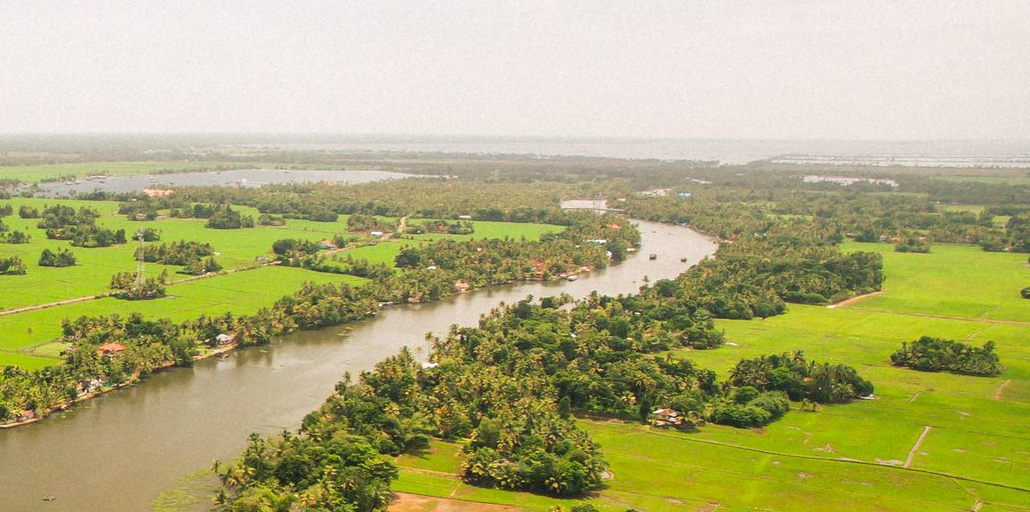 Visit Kerala and see the beautiful landscape when volunteering